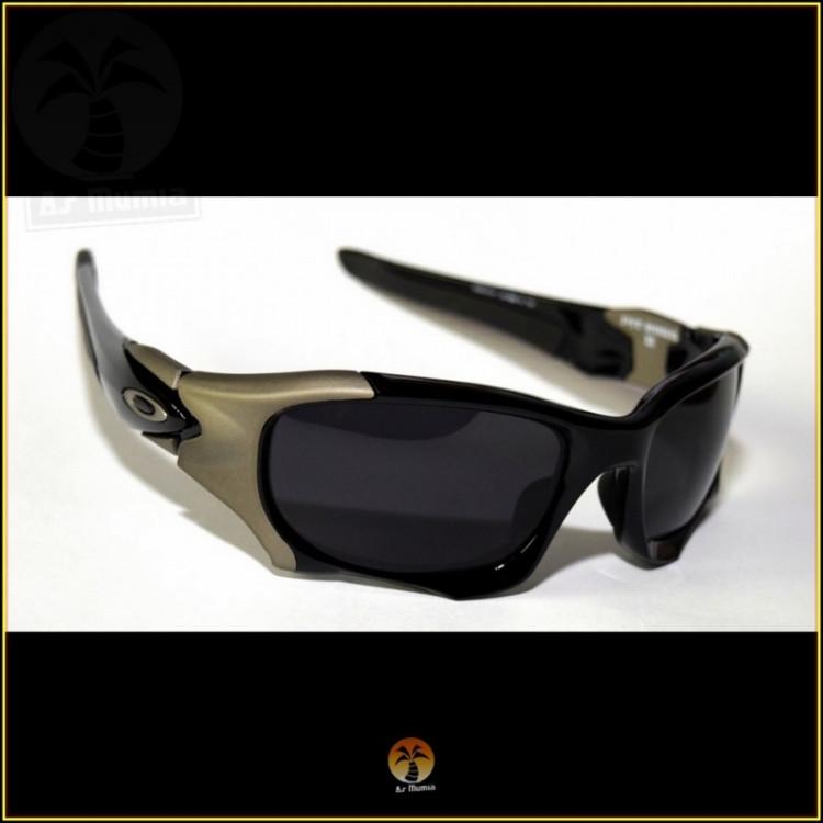 Óculos de Sol Oakley Pit Boss II, Preto e Grafite, Lentes Pretas Polarizadas